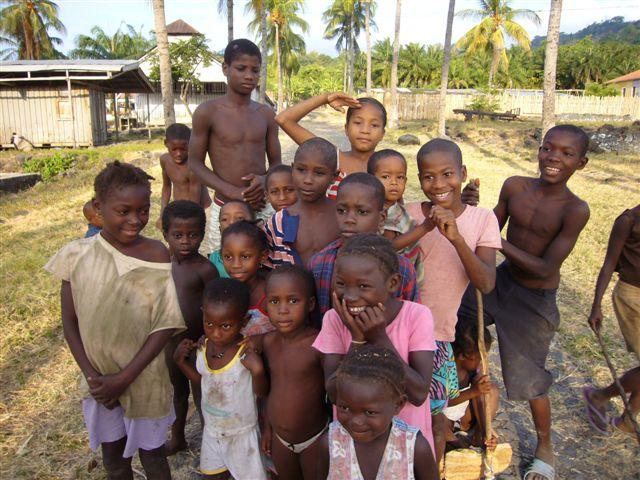 Quelques enfants de la roça de Monte Forte
