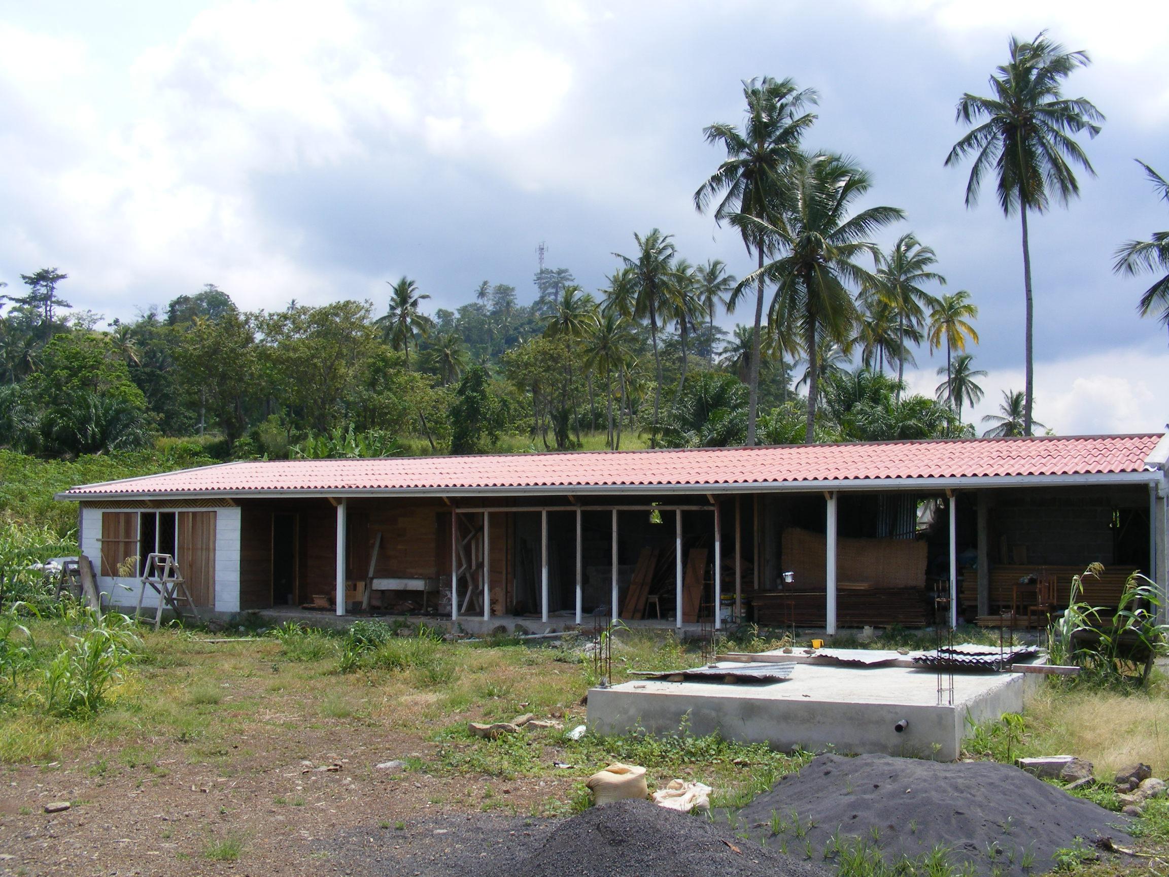 Voici la maison qu'il construit pour Bruno.